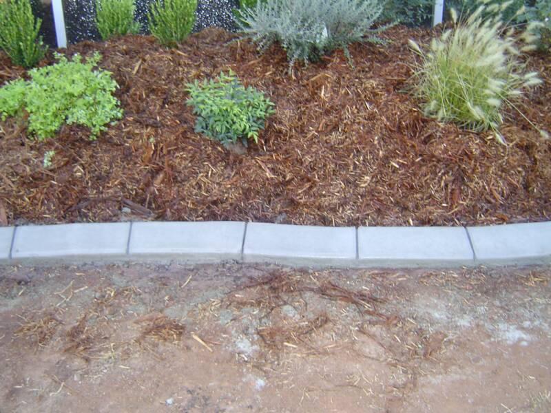 Mold Concrete Edging Image Why Should Have Concrete Landscape Edging